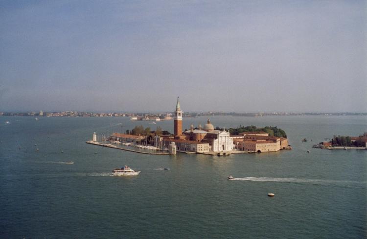 07Venice_San_Giorgio_Maggiore_Island_from_St._Mark's_Campanile
