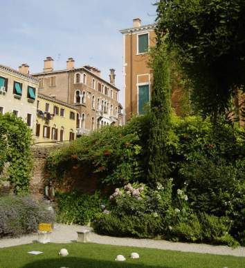 14 Secret Gardens of Venice - jardins_gradenigo_c
