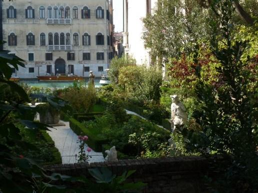 18 Secret Gardens of Venice - p1200498