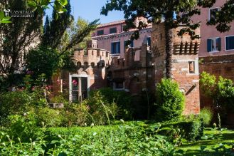 31 Secret Gardens of Venice - venice-apartment-garden-for-sale-6024