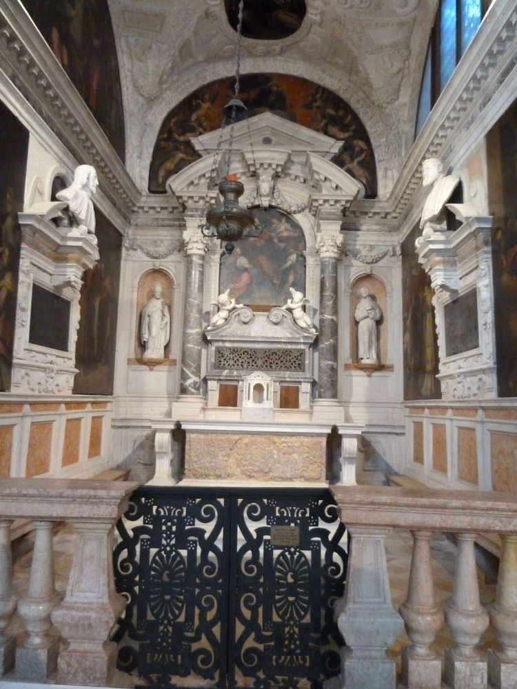 picture 3 - One of the Paintings about the live of San Saba*) in Sant' Antonin in Venice.JPG