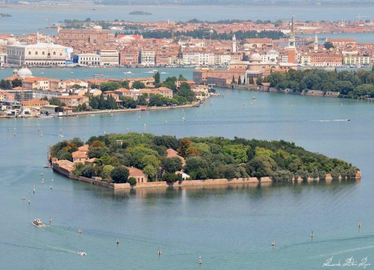 02 picture picture -   island Isola di Santa Maria in Venice.jpg