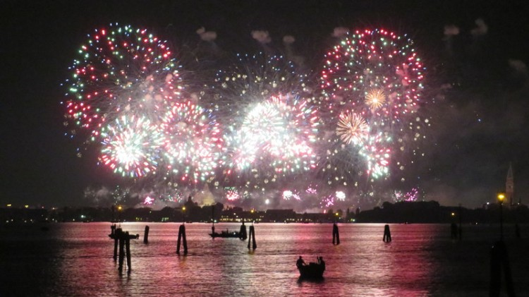 picture 4 - Fireworks in Venice, San Marco Place.jpeg