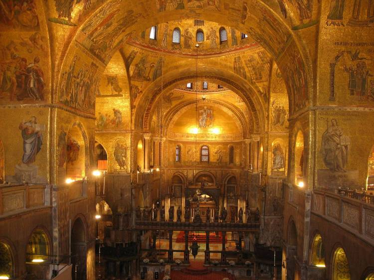 picture - 5 venice-church-san-marco-gold-byzantine-style.jpg